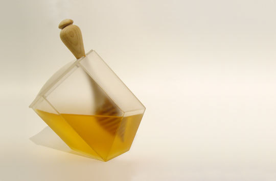 Netradiční dóza na med